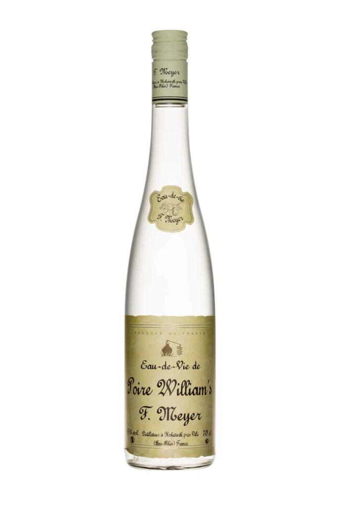 bouteille d'eau de vie de poire William